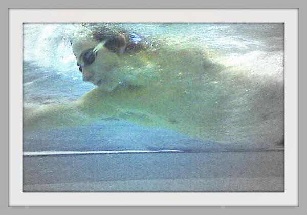 """Trève sportive: Joé """"coupe"""" avec la pratique de la natation."""