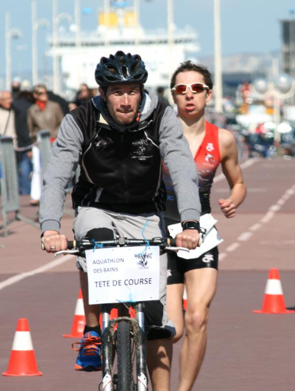 Championnats de Normandie d'aquathlon 2013, à Dieppe: Joé se blesse et le titre s'envole...